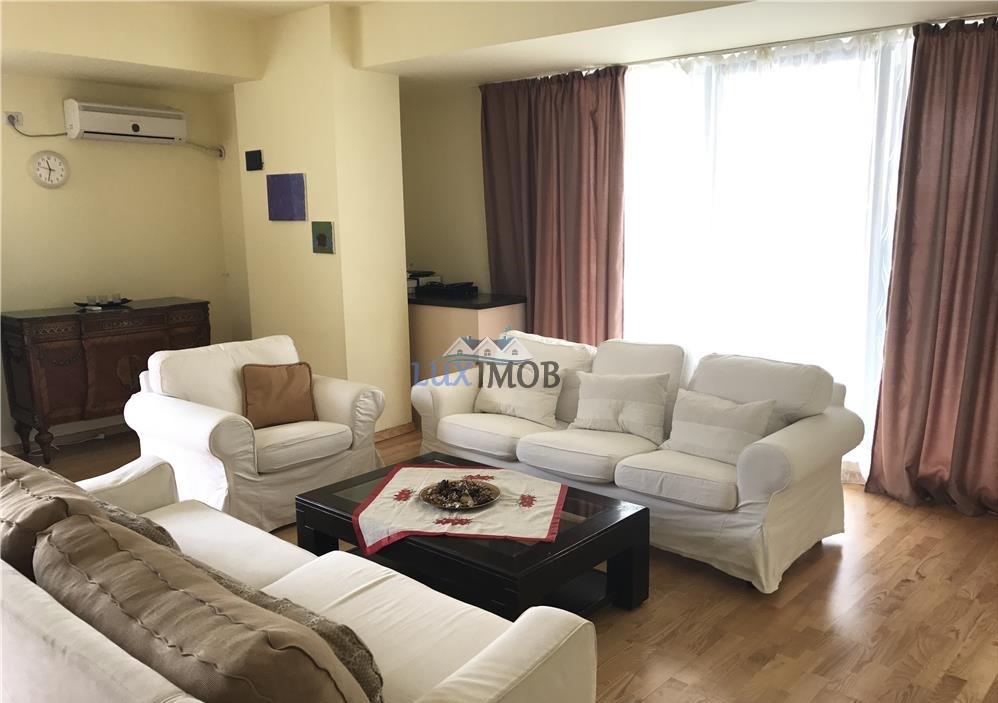 Apartament 3 camere Herastrau zona Upc